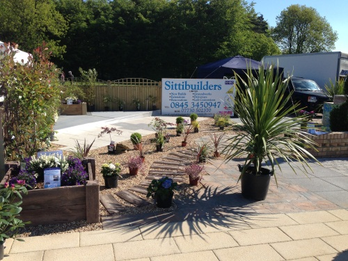 Landscape contractors sittingbourne kent landscapers for Gardening contractors